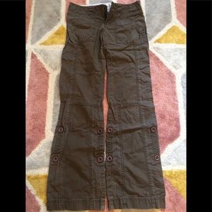 Abercrombie and Fitch dark brown cargo pants xs